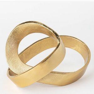 Decorative brass knot figurine